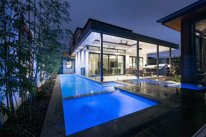 Finding the best luxury builders in melbourne richard mills for Custom house builder online